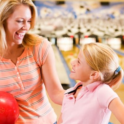 How You and Your Kids Bowl Free This Summer!