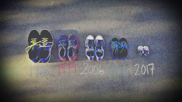 pregnancy announcement shoe timeline